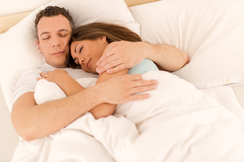 Nagenieten in bed